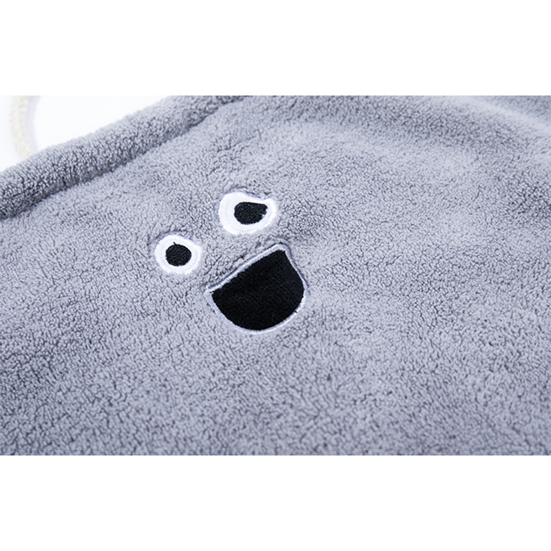 Funny facial wipe towel/grey